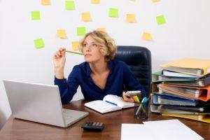 忙しい女性の画像